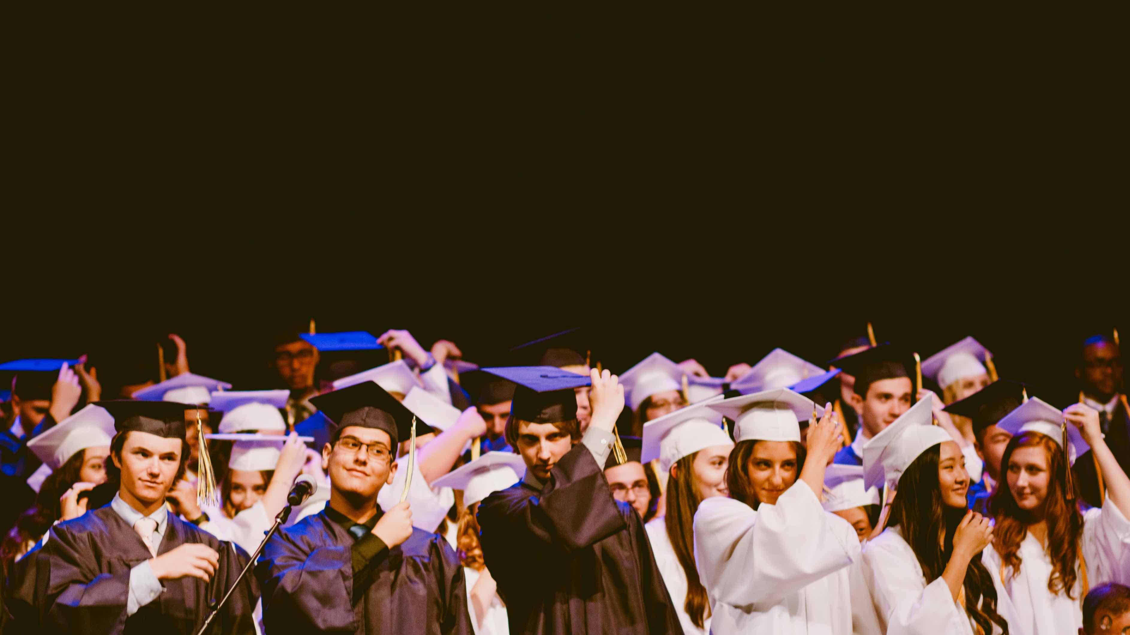 How universities can utilise alumni relations to promote international student recruitment